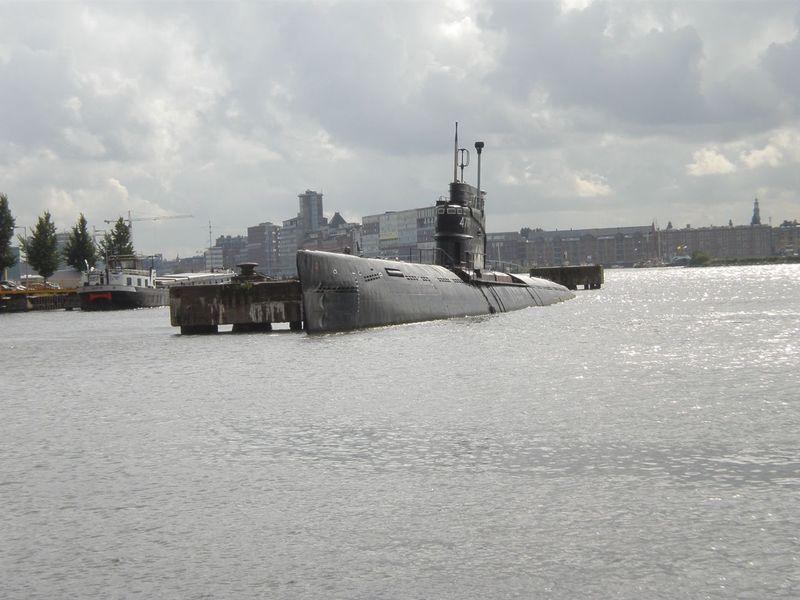 Submarine_1